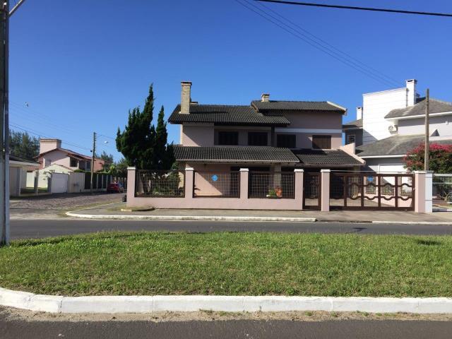 Casa Código 3271 a Venda no bairro Centro na cidade de Tramandaí