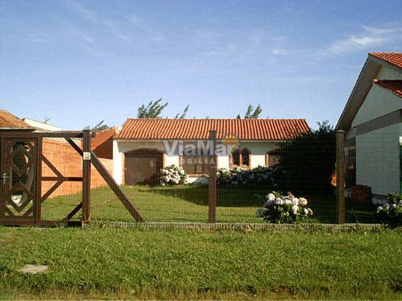 Casa Código 4182 a Venda no bairro Centro na cidade de Tramandaí