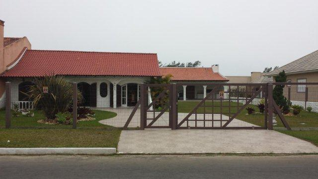 Casa Código 5599 a Venda no bairro Centro na cidade de Imbé