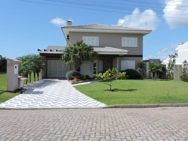 Casa Código 7015 a Venda no bairro MARINA PARK na cidade de Tramandaí
