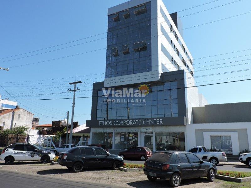 Sala Código 8120 a Venda no bairro Centro na cidade de Tramandaí