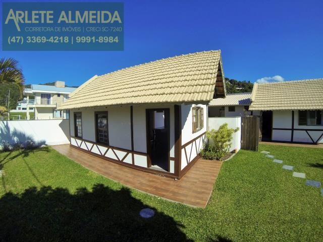 Casa Codigo 159 para Temporada no bairro Centro na cidade de Porto Belo