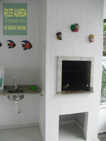 13 - área de churrasqueira casa beira mar perequê porto belo locação