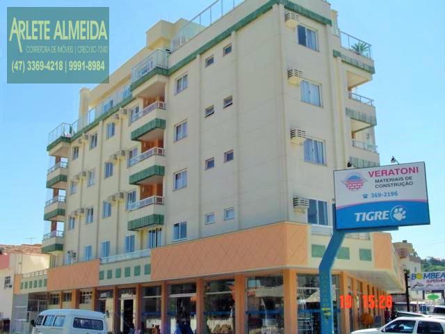 Apartamento Codigo 326 para Temporada no bairro Centro na cidade de Bombinhas