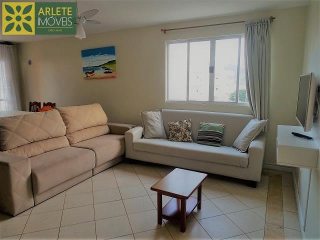 Apartamento Codigo 393 para Temporada no bairro Centro na cidade de Bombinhas