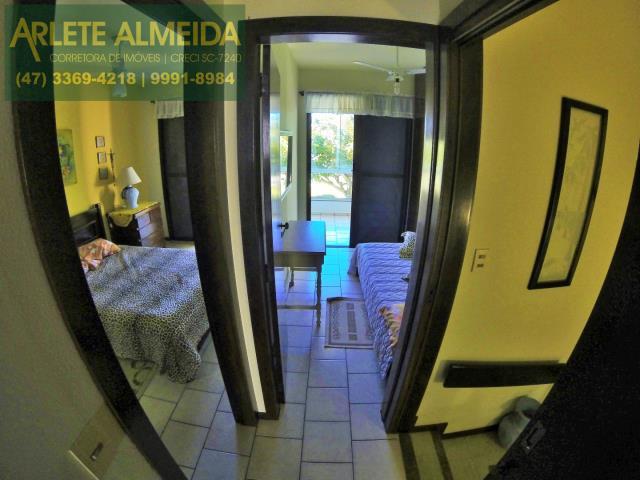 24 - acesso casa locação perequê