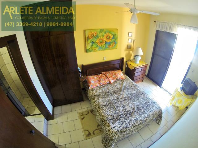 28 - quarto casa locação perequê