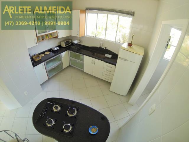 9 - cozinha apartamento aluguel porto belo