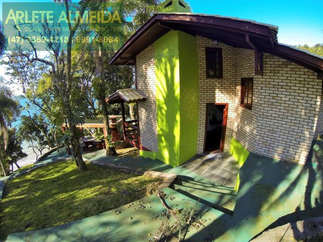 5 - área externa casa casa locação araçá porto belo