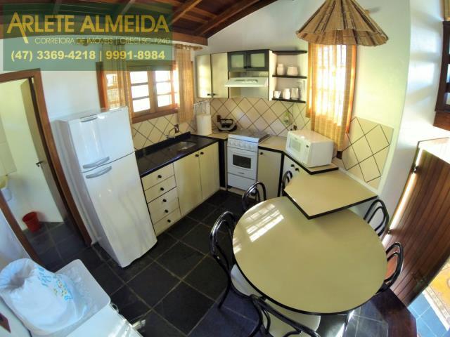 10 - cozinha casa locação araçá porto belo