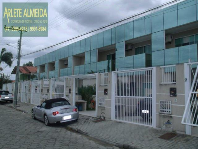 Casa Codigo 892 a Venda no bairro-Perequê na cidade de Porto Belo