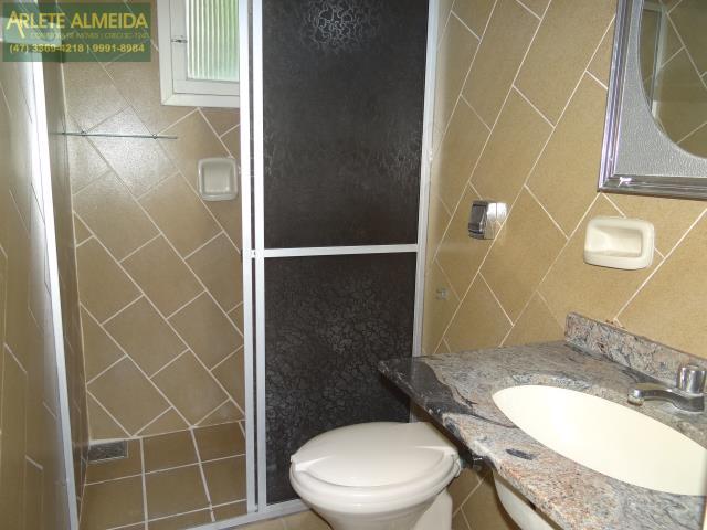 3 - banheiro apartamento locação porto belo