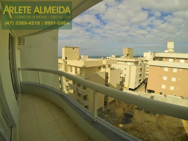 Apartamento Codigo 303 a Venda no bairro-Bombas na cidade de Bombinhas