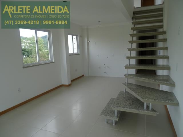 Penthouse Codigo 987 a Venda no bairro-Bombas na cidade de Bombinhas