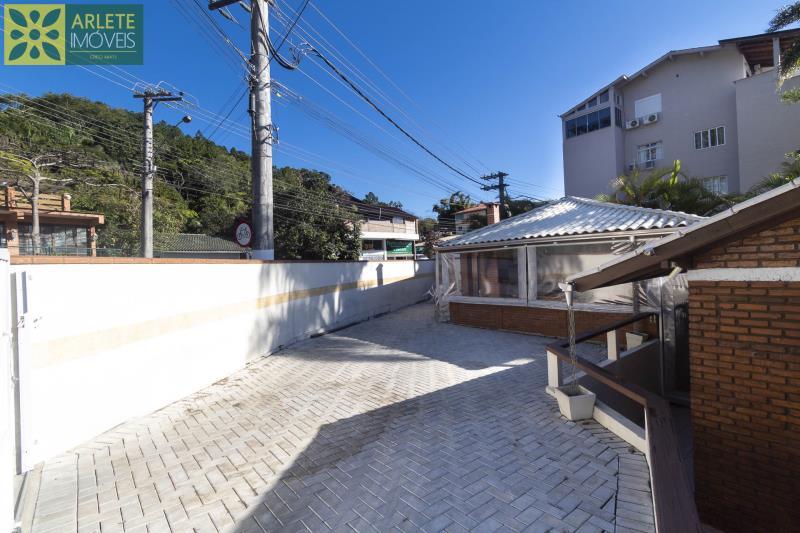20 - estacionamento casa aluguel porto belo