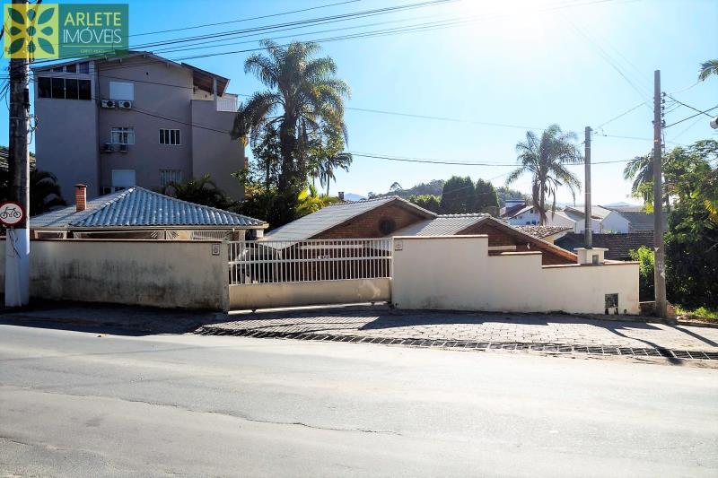 22 - vista da avenida casa aluguel porto belo