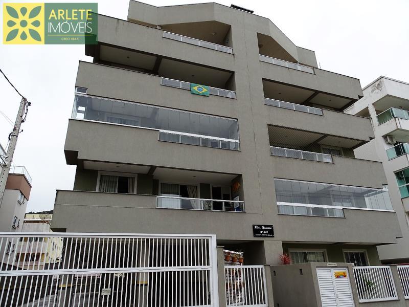 7 - fachada apartamento locação bombas