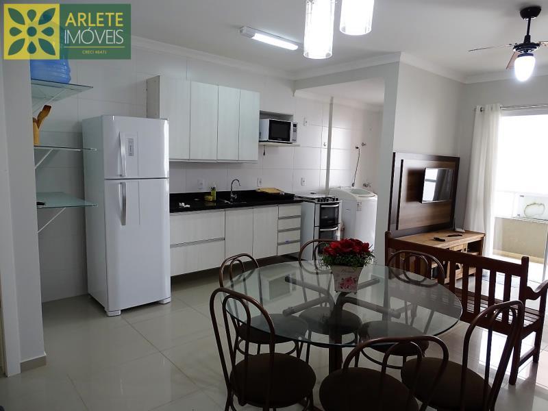 20 - cozinha apartamento locação bombas