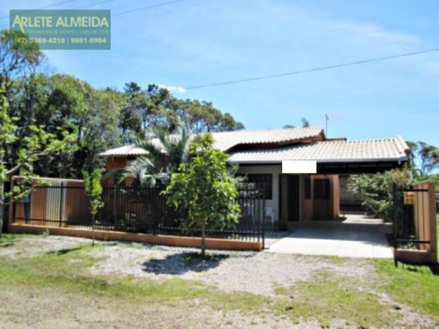 Casa Codigo 791 a Venda no bairro-Mariscal na cidade de Bombinhas