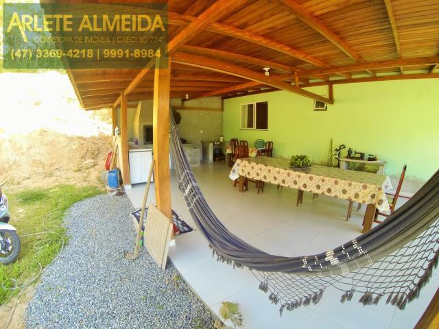 Casa Codigo 171 para Temporada no bairro Centro na cidade de Porto Belo