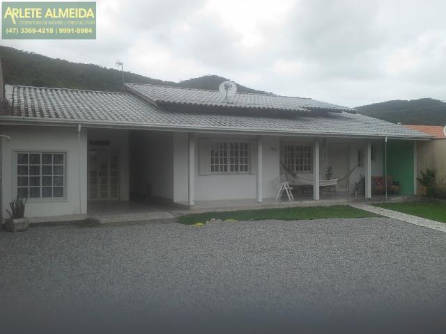 House Codigo 801 a Venda no bairro-Vila Nova na cidade de Porto Belo