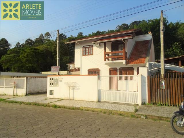 Apartamento Codigo 174 para Temporada no bairro Centro na cidade de Porto Belo