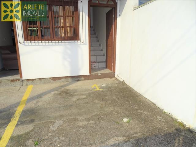 4 - entrada residencial imóvel locação porto belo