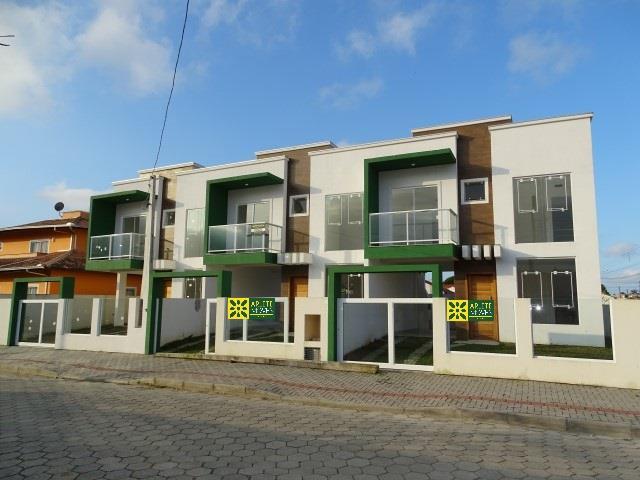 Casa Codigo 739 a Venda no bairro-Perequê na cidade de Porto Belo
