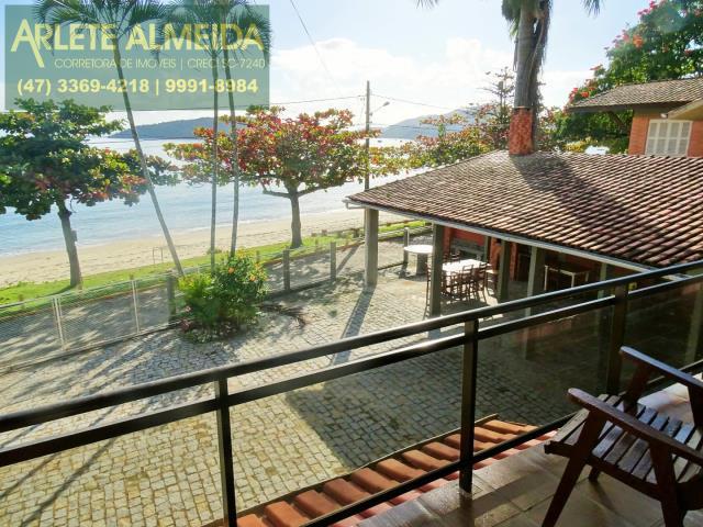 Casa Codigo 177 para Temporada no bairro Centro na cidade de Porto Belo