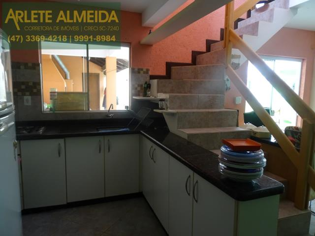 32 - cozinha edicula