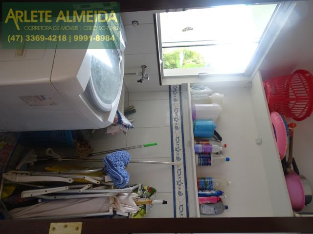 14 - lavanderia casa