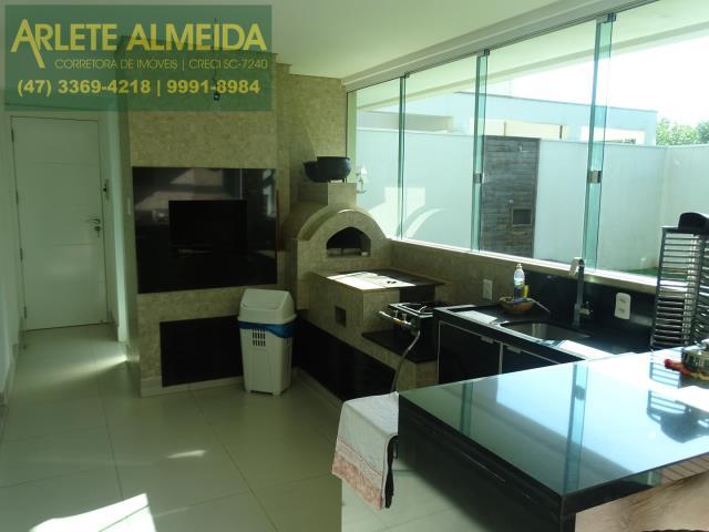 3 - area de lazer churrasqueira