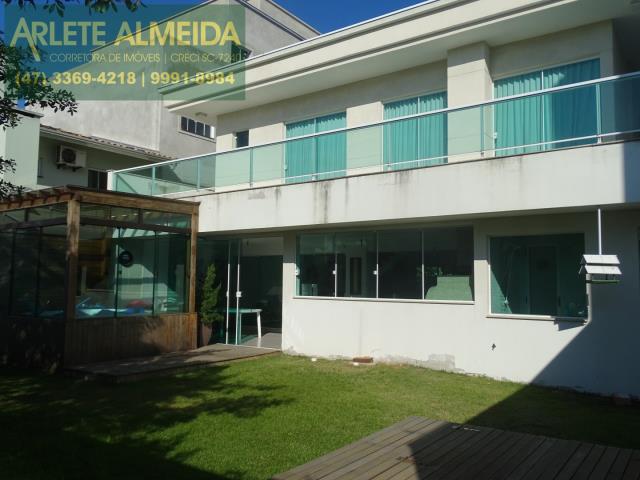 13 - fachada fundos