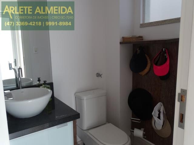 21 - lavabo terreo