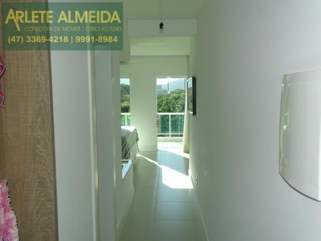 29 - corredor suite principal
