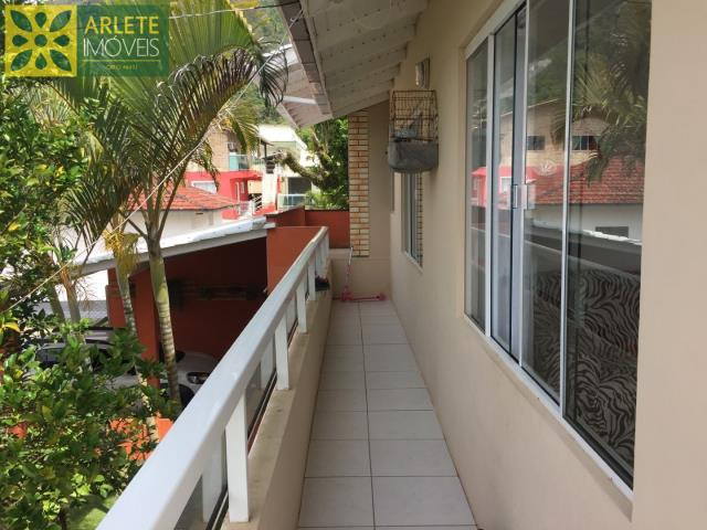 Apartment Codigo 493 para Temporada no bairro Canto Grande na cidade de Bombinhas