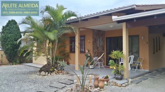 Casa Codigo 1100 a Venda no bairro-Perequê na cidade de Porto Belo