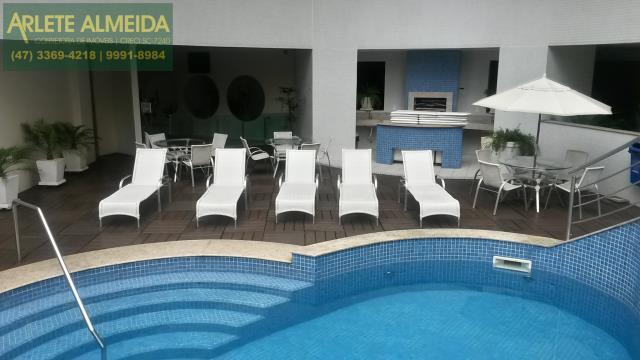 25 - área de piscina imóvel a venda balneário Camboriú