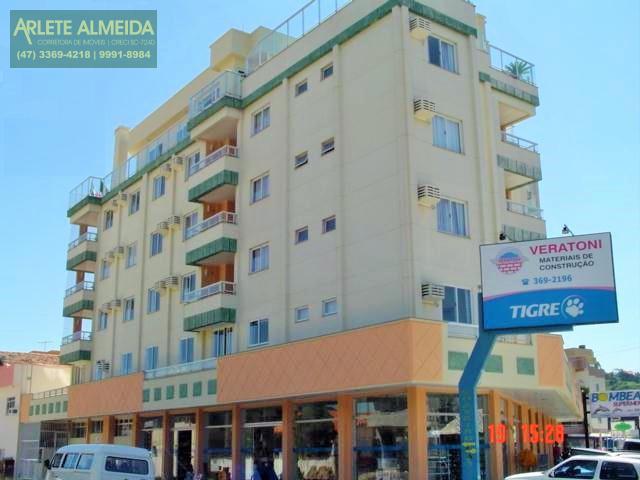 Apartamento Codigo 400 para Temporada no bairro Centro na cidade de Bombinhas