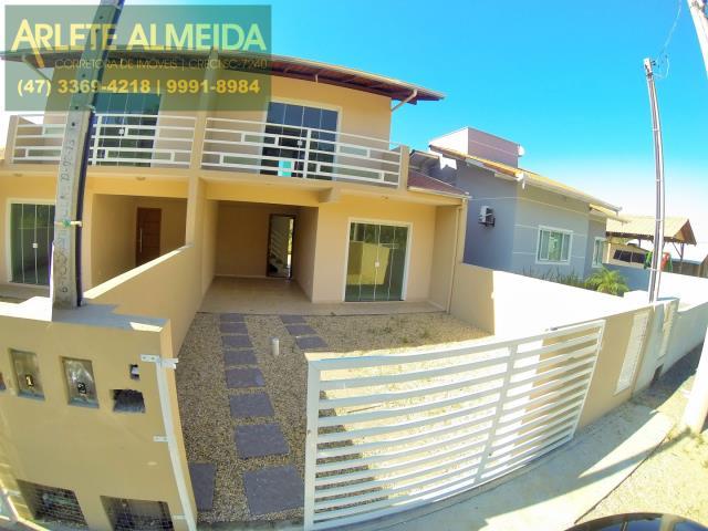 Casa Codigo 1160 para Temporada no bairro Bombas na cidade de Bombinhas