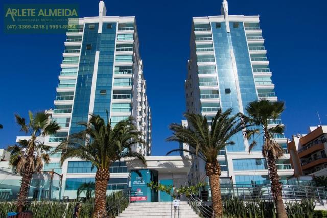 Apartamento Codigo 1235 a Venda no bairro-Meia Praia na cidade de Itapema