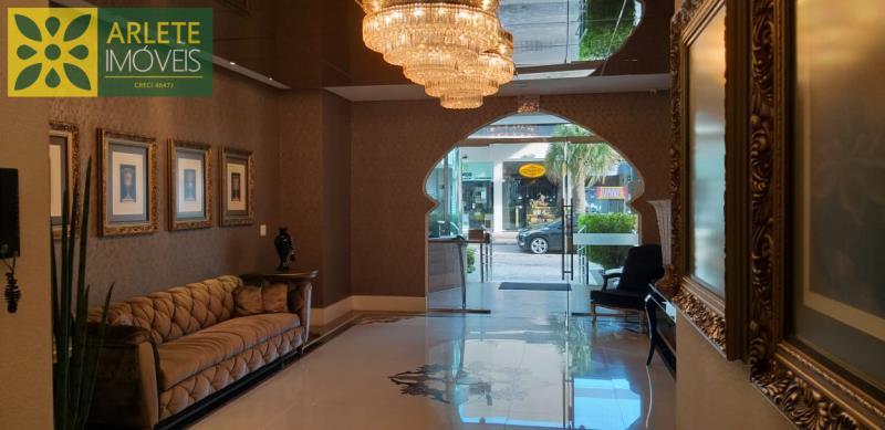 4 - hall de apartamento a venda em itapema