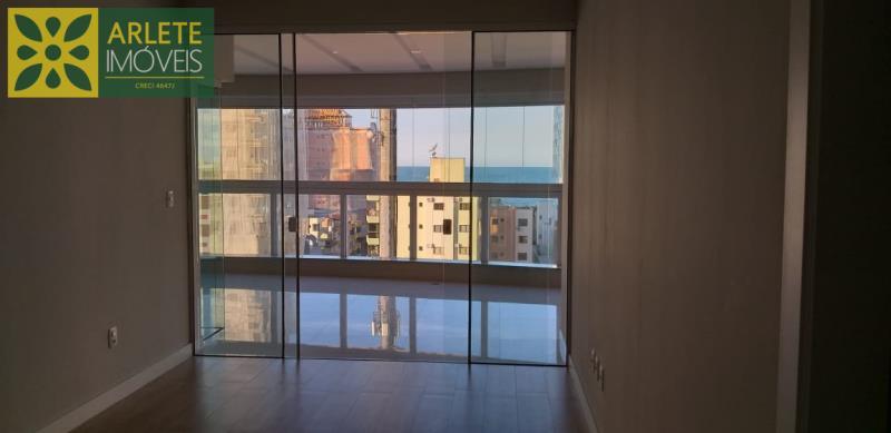 14 - sala de apartamento a venda em itapema