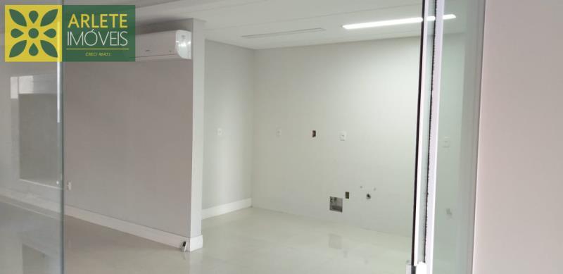 21 - cozinha de apartamento a venda em itapema