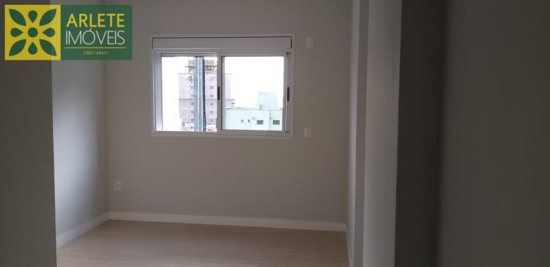 23 - suíte de apartamento a venda em itapema