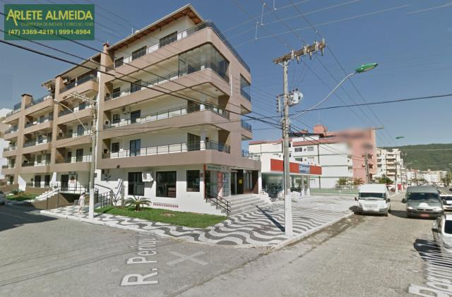 Cobertura Codigo 1311 para Temporada no bairro Bombas na cidade de Bombinhas