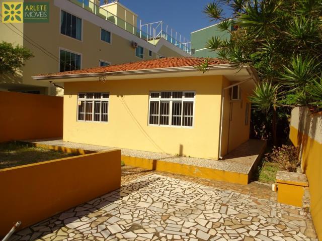 House Codigo 390 para Temporada no bairro Centro na cidade de Bombinhas