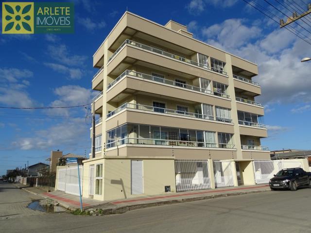 Apartamento Codigo 200 para Temporada no bairro Perequê na cidade de Porto Belo