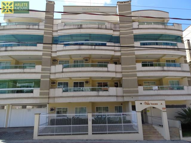 Cobertura Codigo 463 para Temporada no bairro Bombas na cidade de Bombinhas