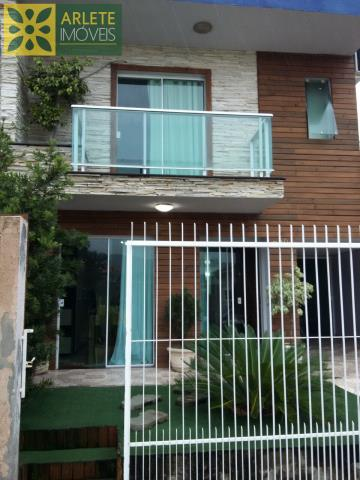 Casa Codigo 1356 a Venda no bairro-Perequê na cidade de Porto Belo